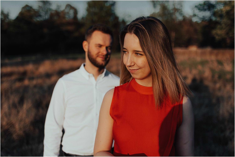 fotograf ślubny sochaczew sesja w kampinosie